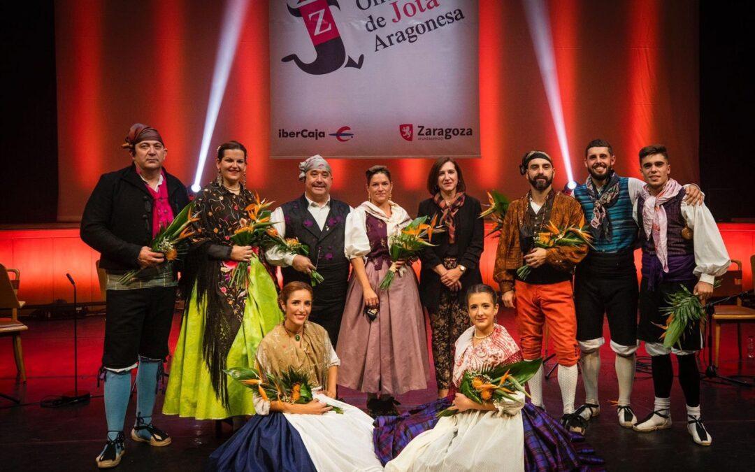 Elena Casaña y Javier Badules, ganadores del Extraordinario del CXXXV Certamen Oficial de Jota Aragonesa